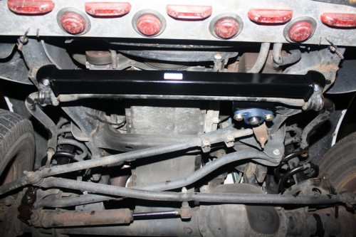 Steering Box Stabilizer Brace Installed | 2003-2008 Dodge Ram 4x4 2500 & 3500